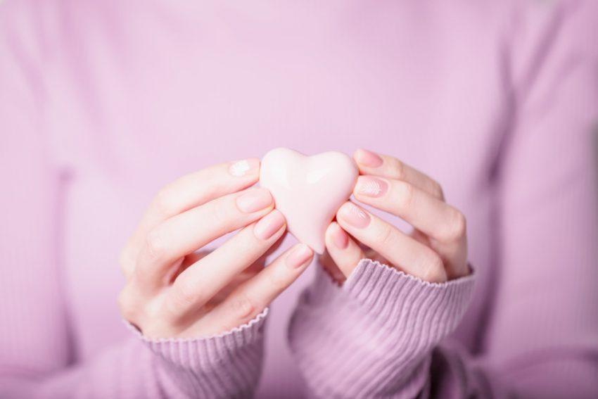 День всех влюбленных: 7 трендов романтичного маникюра красота,маникюр,мода и красота