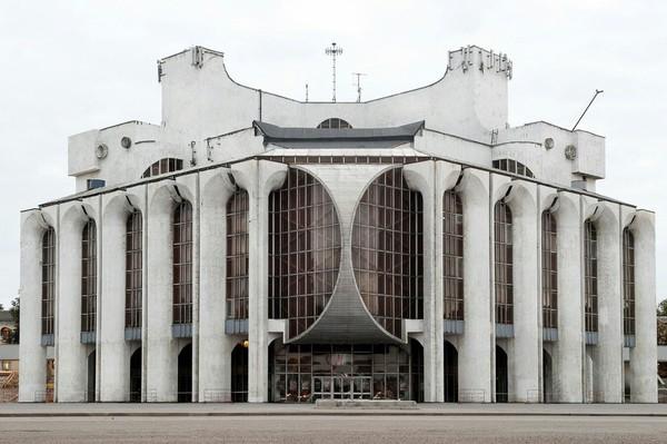 Архитектура СССР - это когда все здания выглядят как базы повстанцев и имперцев из Star Wars. архитектура,СССР