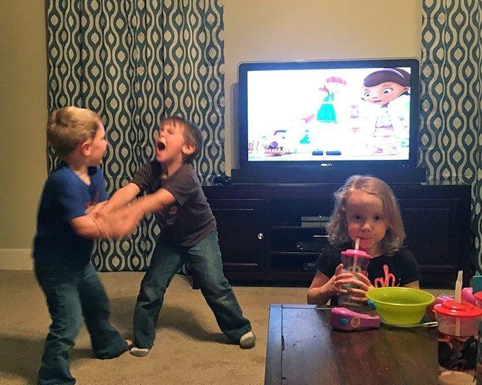 Легко ли быть родителями?                     (25 фото)
