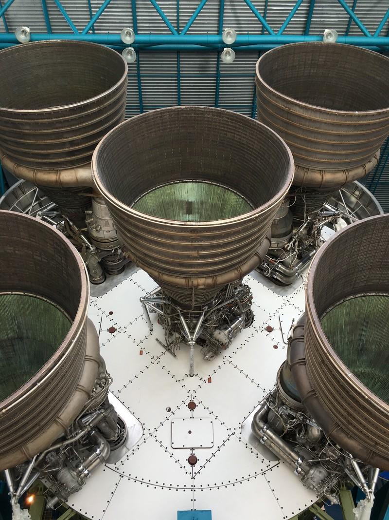 Турбины космических аппаратов.