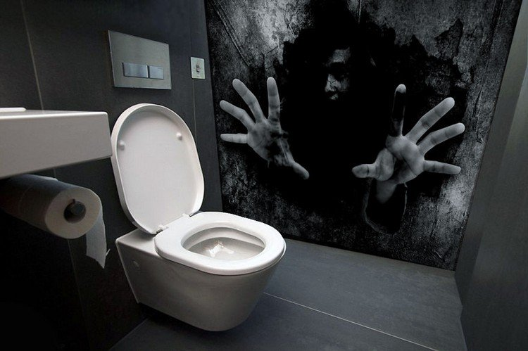 Дамский туалет и жестокие реалии или самые страшные и странные вещи, которые время от времени происходят в женских уборных