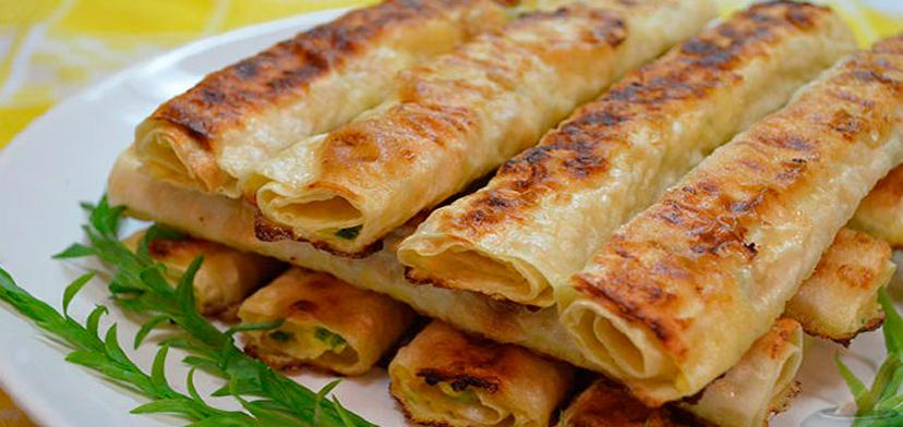 11 вариантов закуски из тонкого лаваша. Ее не только кушать, а еще и готовить одно удовольствие