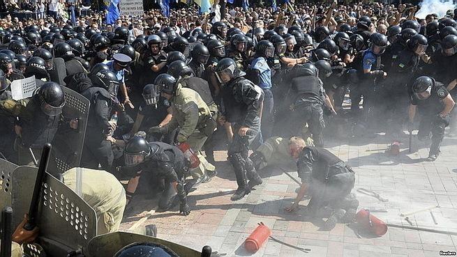 Украина: В стране предателей…