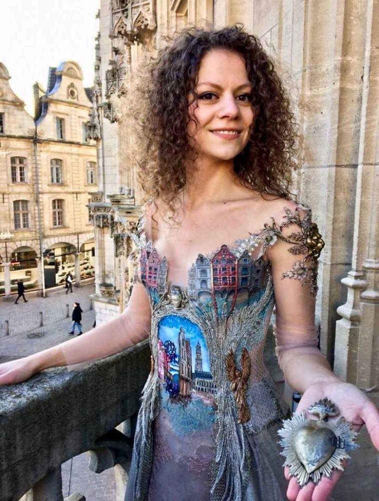 Француженка Sylvie Facon создает платья, которые поражают даже видавших виды людей, фото № 7