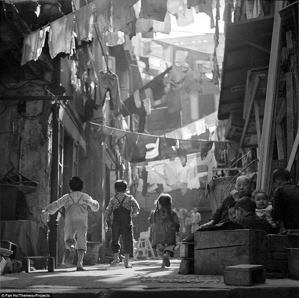 Магия, рождённая наложением кадра: Гонконг в 1950-х годах