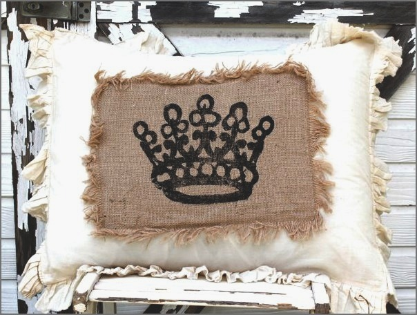 pillowcrownburlap (604x456, 103Kb)