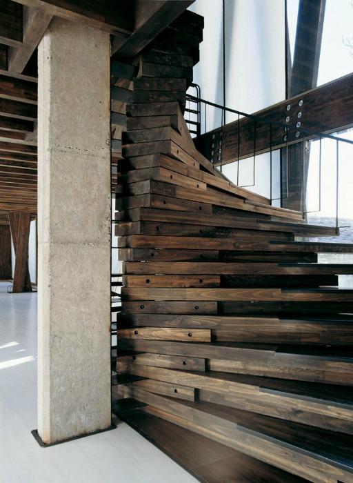 Лестница в стиле лофт.