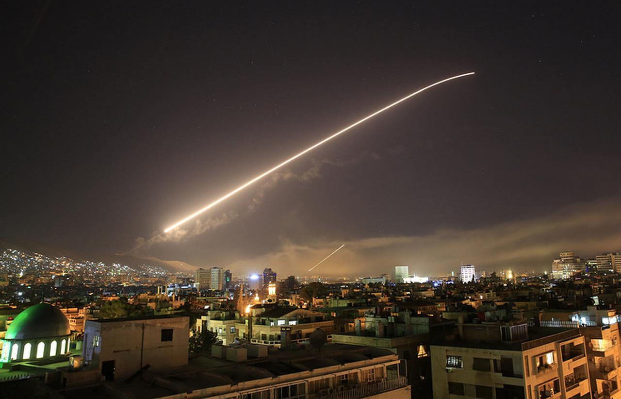 Юлия Витязева: Конфуз дня — «умные» ракеты Трампа сбиты в Сирии советской ПВО