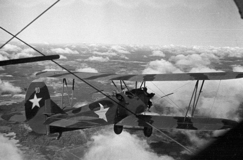 Как У-2 в Сталинграде водку пехотинцам сбрасывали