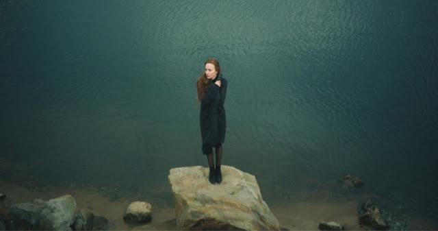 Чувство одиночества в отношениях — следствие одной маленькой проблемы