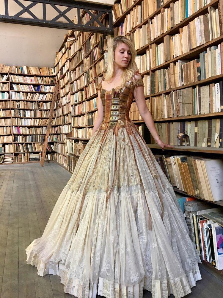 Француженка Sylvie Facon создает платья, которые поражают даже видавших виды людей, фото № 12