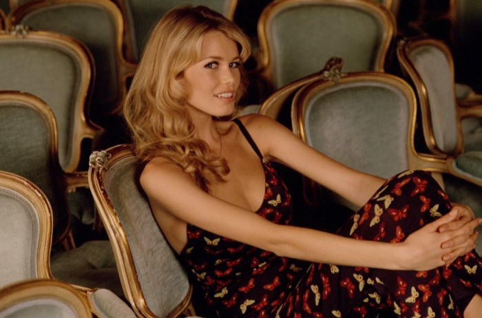 Клаудия Шиффер - еще один недостижимый эталон, созданный модной индустрией.