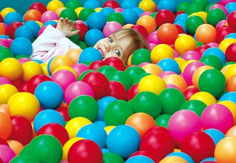 Картинки детишек с шариками