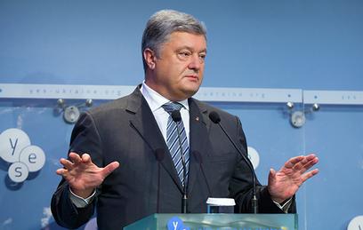"""Порошенко угрожает """"Газпрому"""" арестом активов при невыплате долга"""