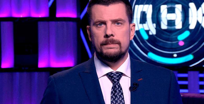 Ведущий Александр Колтовой п…