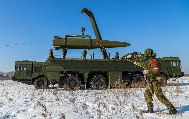 """Полторак: Российские """"Искандеры"""" угрожают столице Украины"""