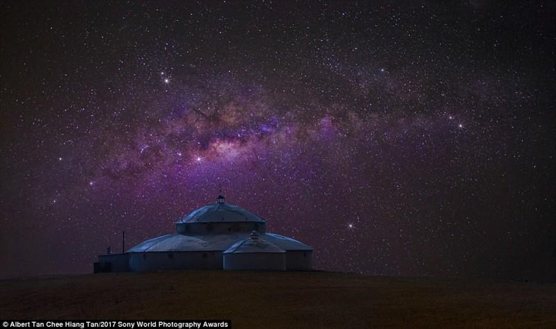 Стойбище в небесах. Млечный путь над группой юрт во Внутренней Монголии искусство, конкурс, красота, фото