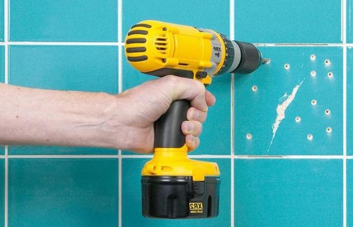 Как сделать, чтобы сверло по бетону прошло через кафель без сколов и трещин как сквозь масло