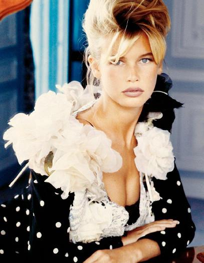 Клаудия Шиффер. Коллега Кроуфорд по подиуму также блистала в 1990-х. Отметилась и громким романом с одним из самых известных фокусников в мире Дэвидом Копперфильдом. В 2009 году объявила, что завершает карьеру модели. Но до сих пор участвует в различных рекламных компаниях.