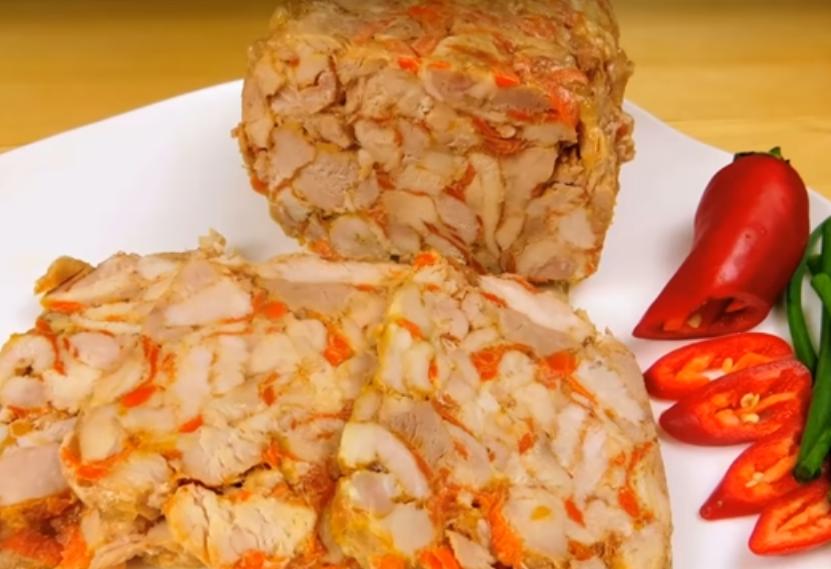 Отличное блюдо для мясной нарезки на праздничный стол