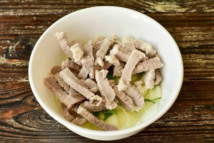 Деревенский свадебный салат. Сытное блюдо, которое накормит всю семью! салаты