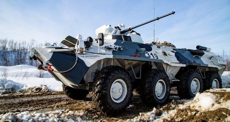 Российскую бронетехнику будут маскировать новым материалом