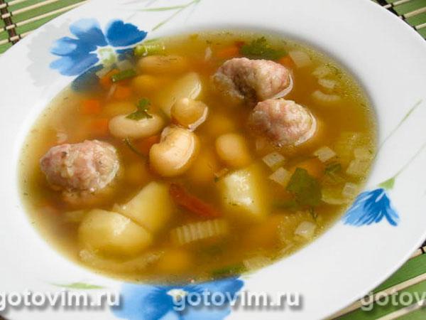 Суп фасолевый с фрикадельками. Фотография рецепта