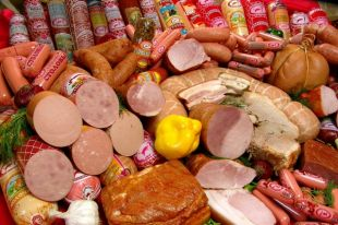 Подорожают ли колбаса и сосиски?