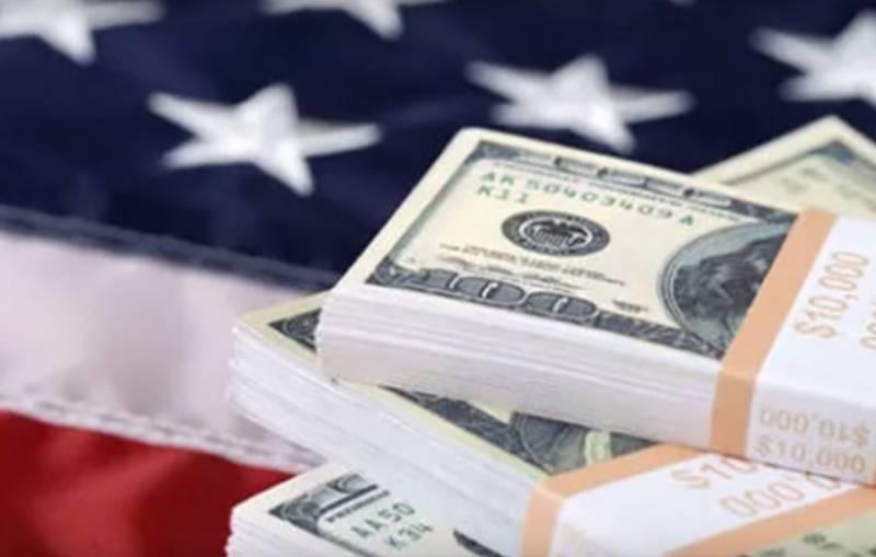 В США собираются «обвалить» доллар