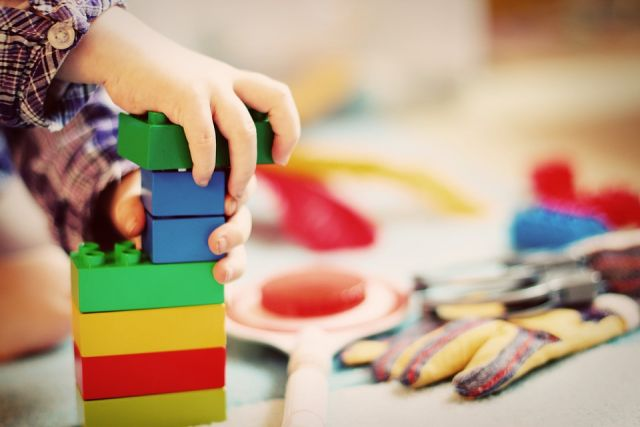 Учите самостоятельности и закаляйте. Как подготовить ребенка к детсаду