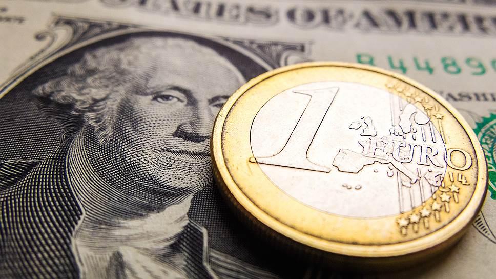 Евро вырос к доллару до макс…