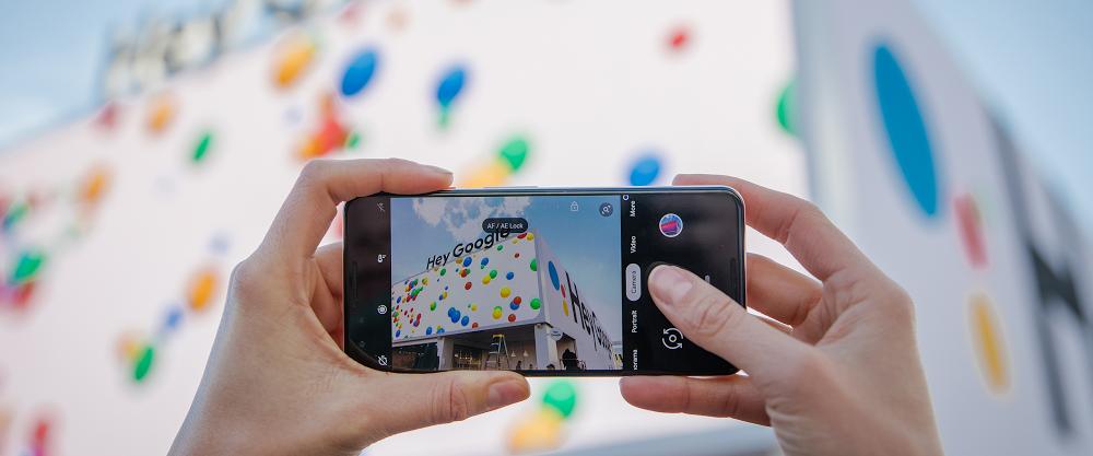 Голосовой ассистент Google Assistant появится на кнопочных телефонах