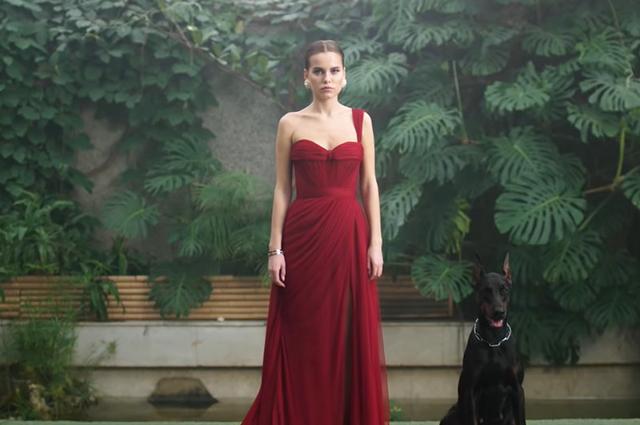 Дарья Клюкина представила свой дебютный клип на песню