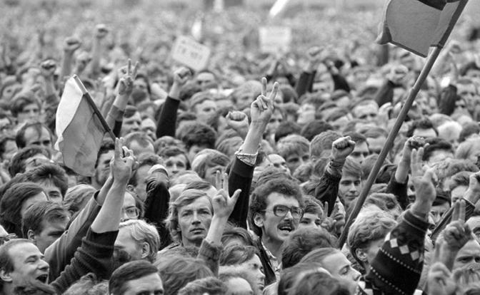 Пенсионная реформа: Поколение 90-х расплатилось за жажду свободы, а не власть отняла деньги россия