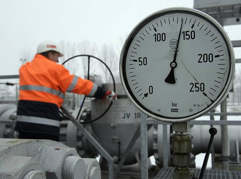 «Разгромное поражение»: как Польша оказалась зависима от газа из РФ