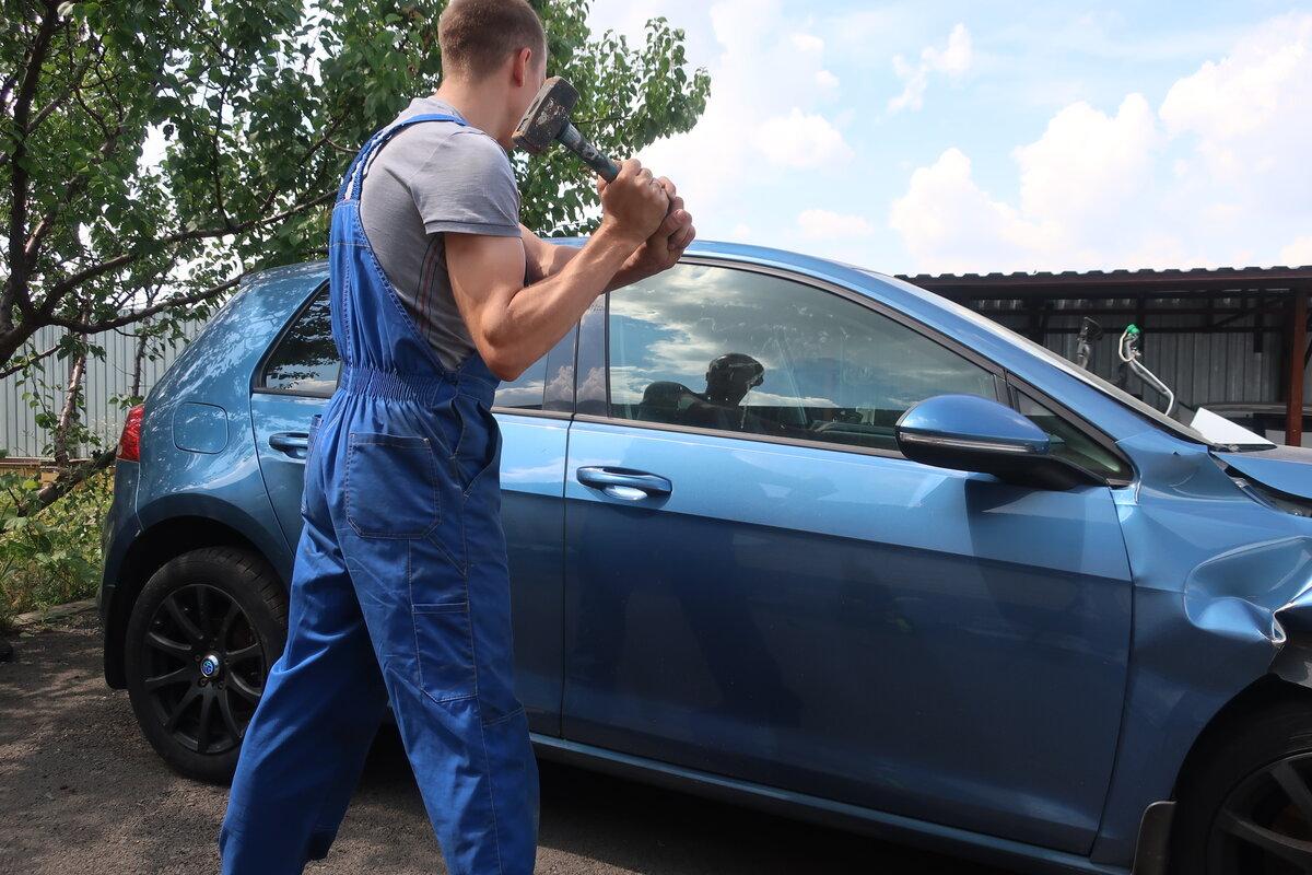 Какое стекло разбить, если нужно срочно попасть в машину, а ключи потерялись