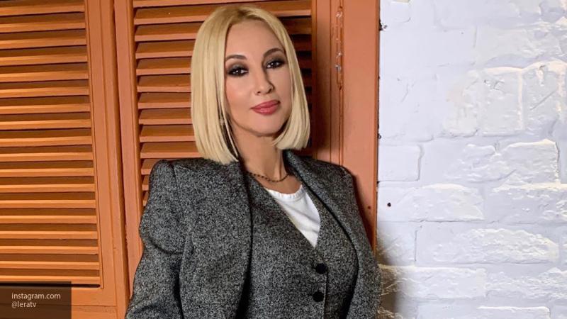 """Кудрявцева рассказала, что рассталась с Лазаревым из-за его """"помешательства на работе"""""""