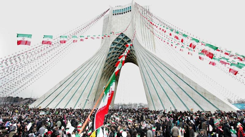 По всему исламскому Ирану на…