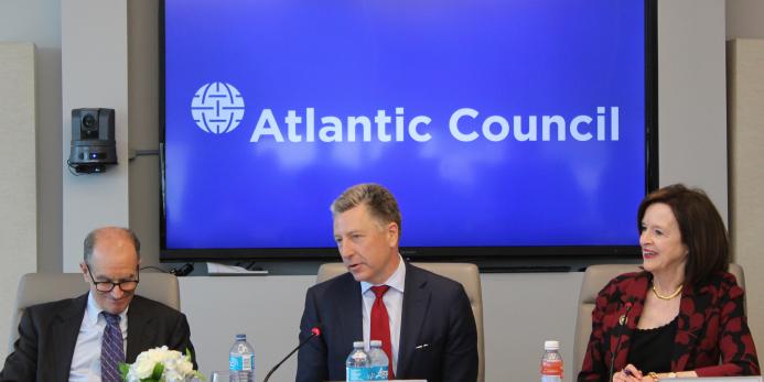 """В США назвали """"тревожным"""" положительное отношение к России жителей Центральной Европы"""