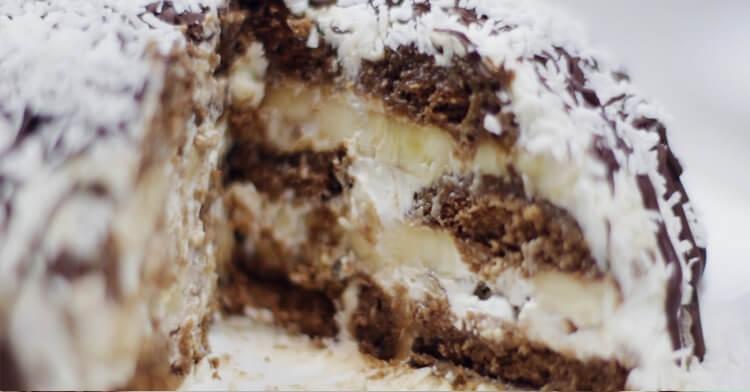 Изумительный торт без выпечки из пряников и бананов