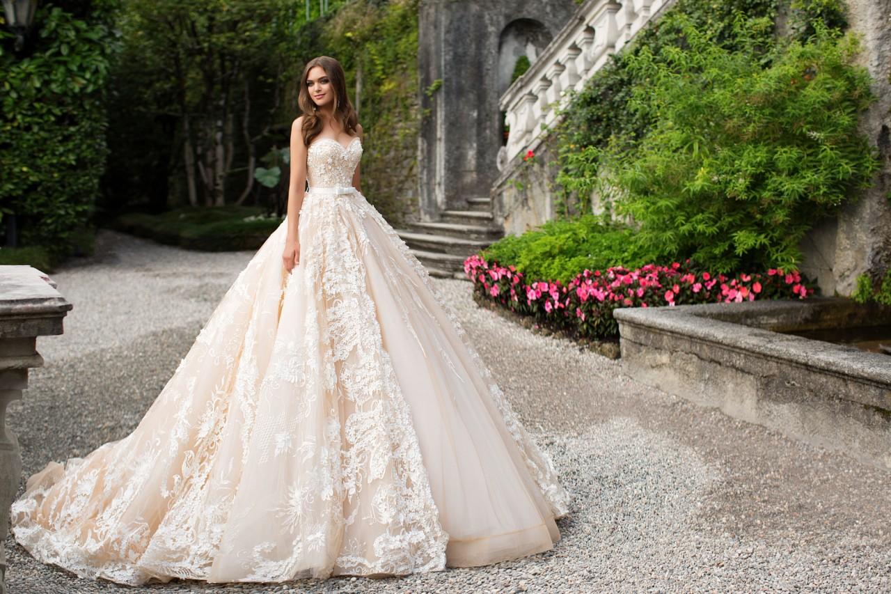 свадебные платья фотографии выпуском карабинов