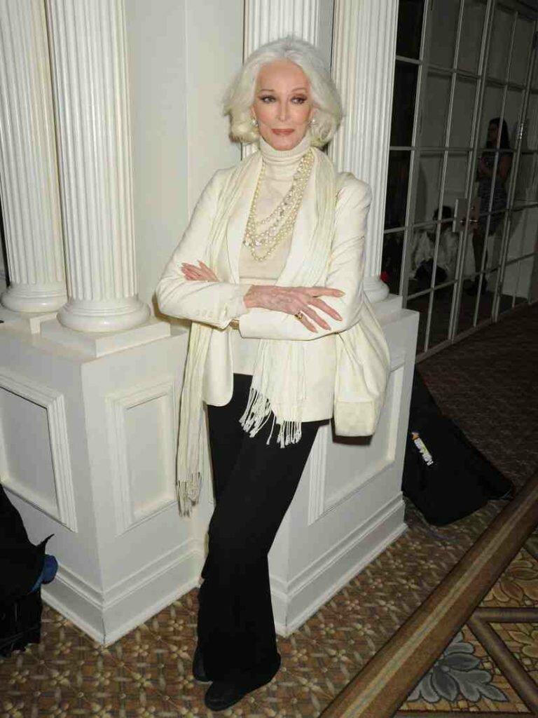 88-ми летняя модель: взлет карьеры после 40-ка, тотальное невезение с мужчинами и секреты красоты знаменитости,Кармен Делль'Орефайс,красота,мода,мода и красота,модели,стиль жизни