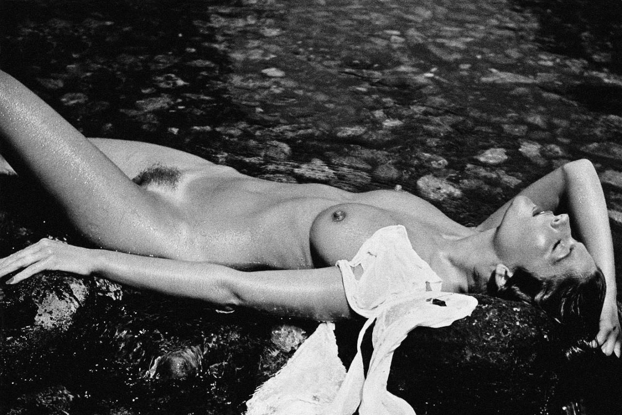 Ретро фотографии эро, Ретро эротика голых девушки и женщины - смотреть 1 фотография