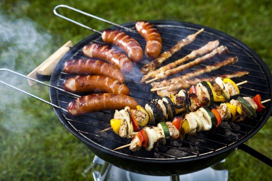 Не мясом единым: небанальные блюда, которые можно приготовить на природе