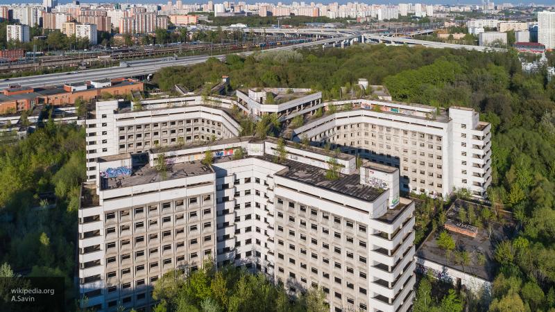 В Москве приступили к сносу Ховринской больницы