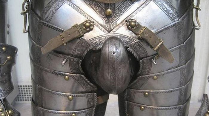 О деликатном: как рыцари в тяжелых доспехах ходили в туалет