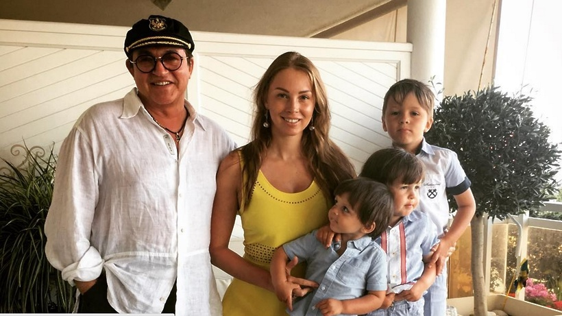 Супруга Диброва рассказала о состоянии госпитализированного мужа