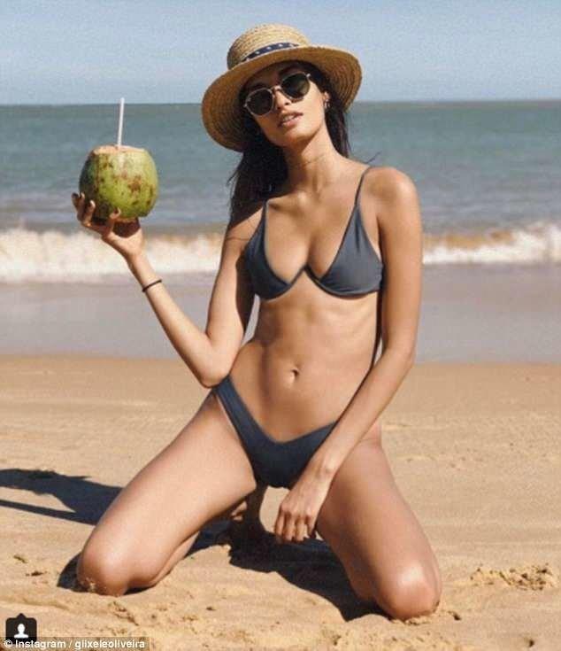 Новый V-образный бикини: летом будет жарко