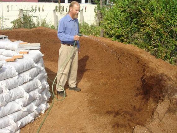 увлажнение песка: Экодом своими руками