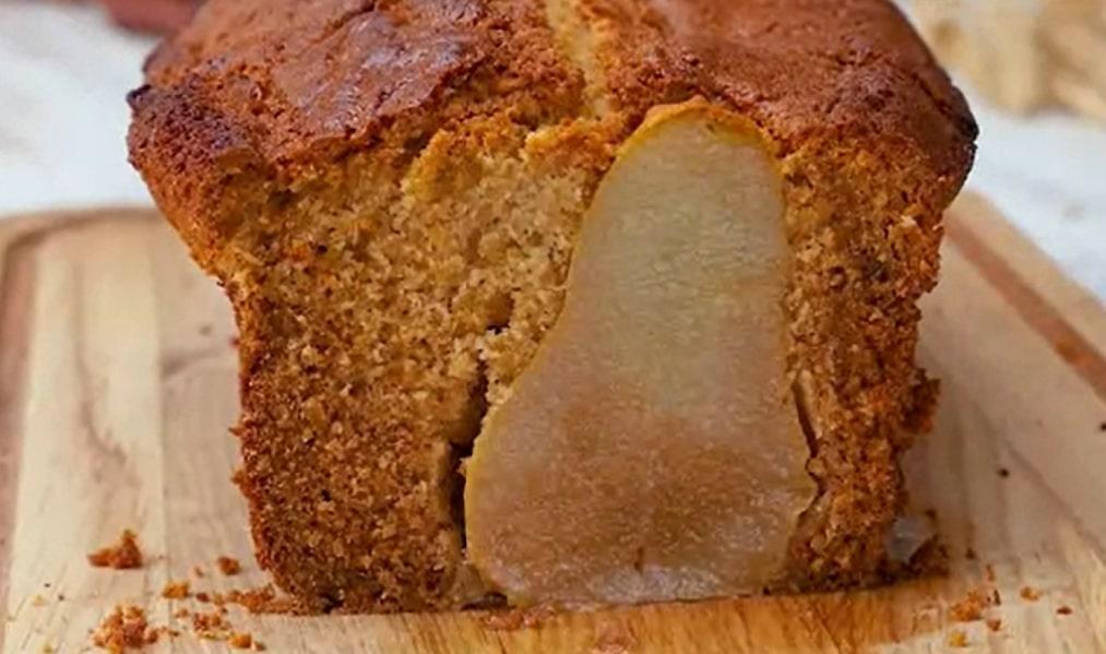 Умопомрачительно вкусный имбирный кекс с грушами